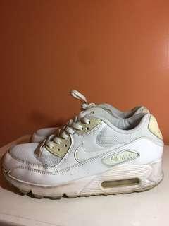 Nike Women's Airmax (White)