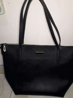 Tote bag charles and keith seprem