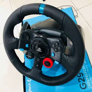 Logitech G29 PS4 racing wheel for PS4/PS3 [96% NEW USE LESS THAN 5 TIMES]
