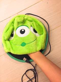 三眼仔發熱滑鼠墊 Alien mouse pad
