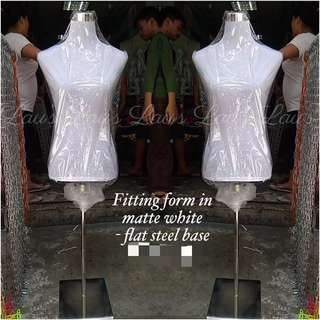 Mannequin Fitting form in matte white