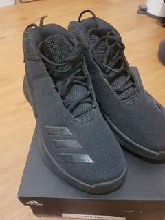For sale Adidas Basketball shoes size 43 1/3