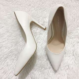 Primadonna pointed heels