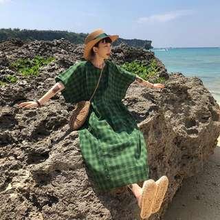 日系oversize綠格紋短袖連身裙