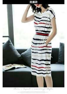 🚚 SOGO美麗款條紋顯瘦洋裝 腰身設計