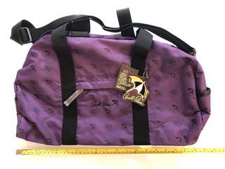 Arnold Palmer bag, 45cm x 21cm(H) x 19cm