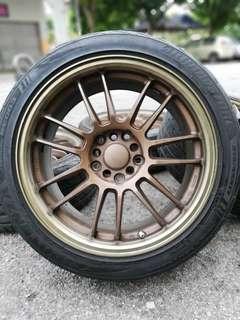 Rays re30 17 inch sports rim toyota wish tyre 80%