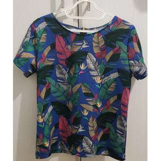 Feather-printed top