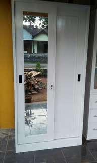 Almari pintu sliding