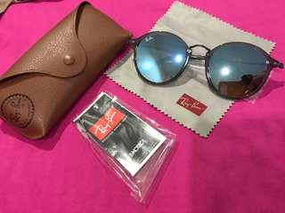 Rayban Shades (Original and Brand New)