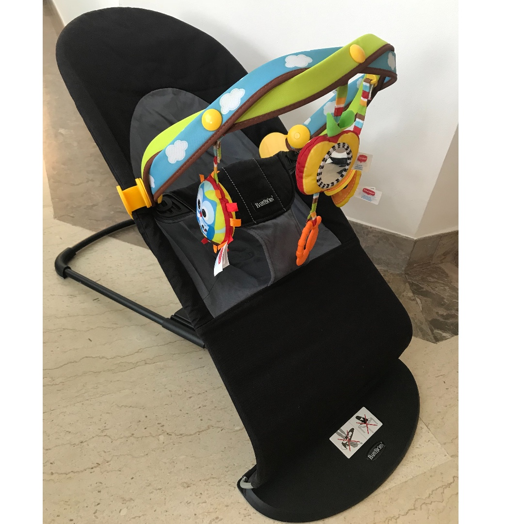 bebfc14dcaf Baby Bjorn Bouncer with Tiny Love toy