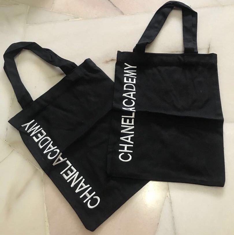 88185d0712263 Chanel canvas bag