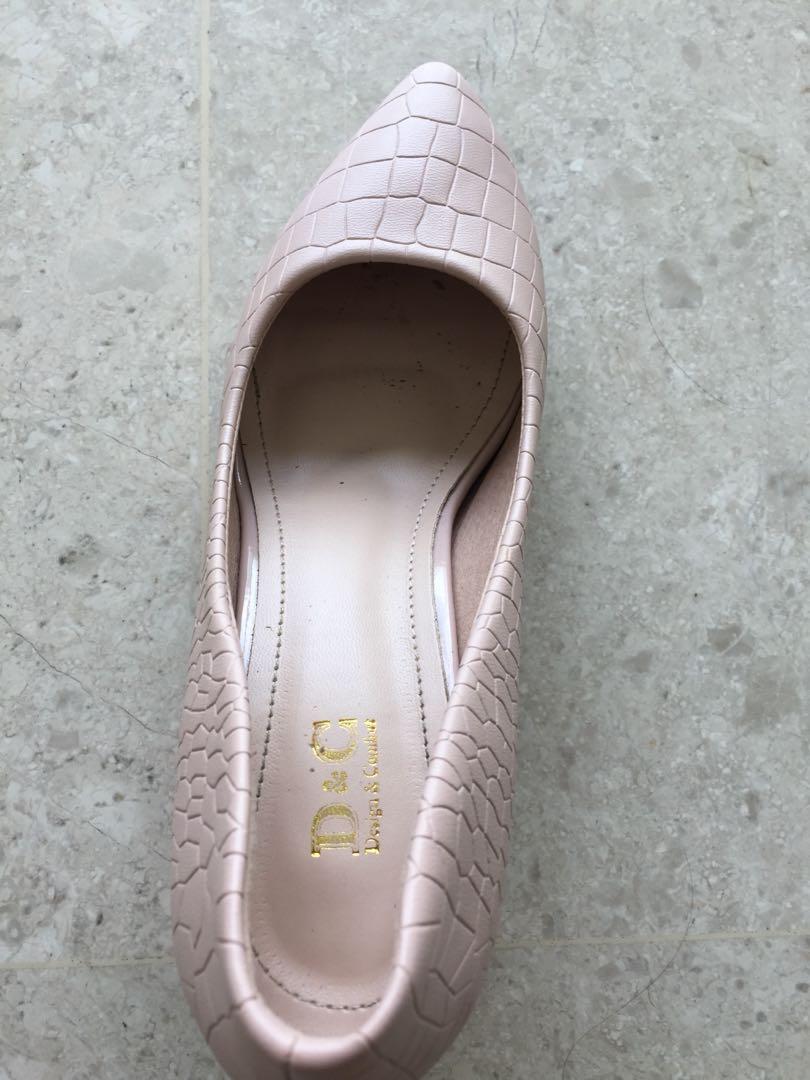 3f20dec9f Classy heels hardly used powder pink, Women's Fashion, Shoes, Heels ...