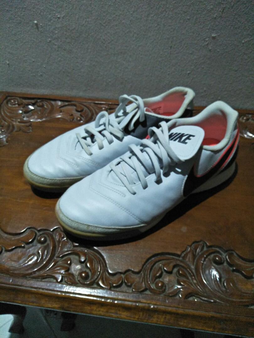 13f11c39c Nike Tiempo futsal shoe, Men's Fashion, Footwear, Boots on Carousell