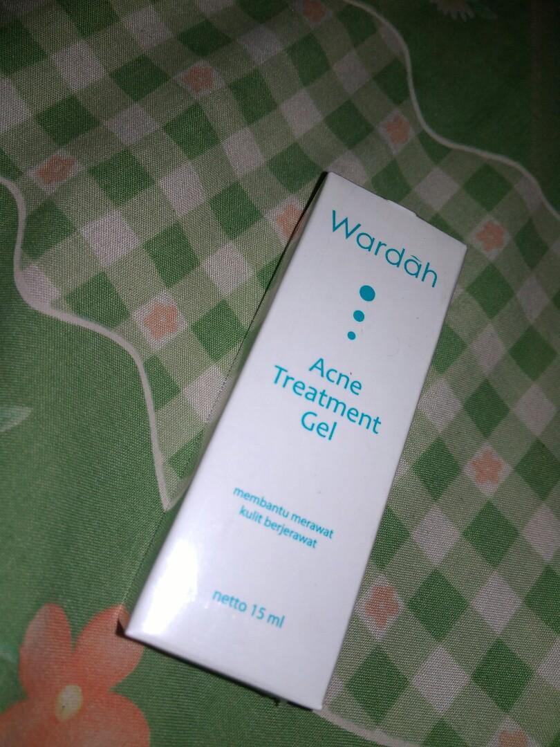 Wardah Acne Treatment Gel Kesehatan Kecantikan Kulit Sabun Krim Jerawat Photo