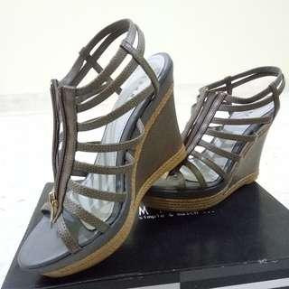 Summit grey color high heel