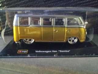 Volkswagon Van Samba (limited)