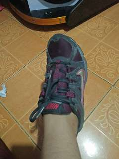Prelovef Nike shoes