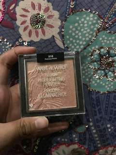 wet n wild highlighter: precious petals