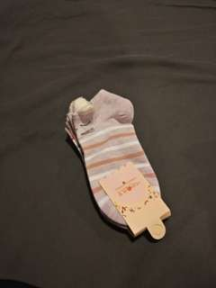 """Ankle socks with cute """"ears"""" at the ankle"""