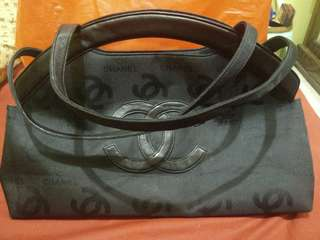 CHANEL // BIG SIZE // GOOD CONDITION