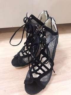🚚 玫瑰網狀高跟涼鞋