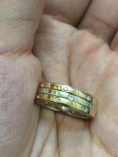 🈹️18k三色金鑽石戒指 重金 平售$3300