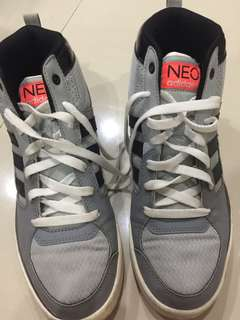 Sepatu adidas size 42