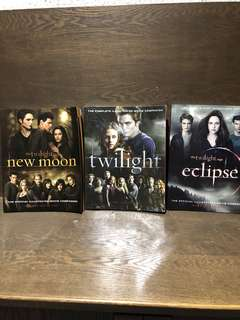 The Twilight Saga, New Moon & Eclipse- Complete Illustrated Movie Companion