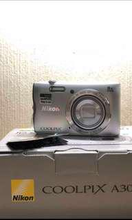 🚚 BNIB CAMERA NIKON COOLPIX A300