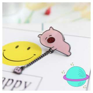 🚚 sleepy pig pin/ brooch