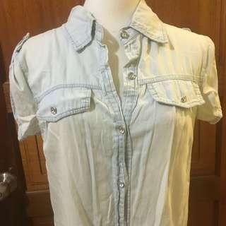 🚚 二手-刷白短袖長版鑽石鈕扣單寧襯衫牛仔襯衫
