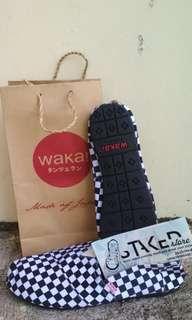 Sepatu Wakai Checkerboard (Grade Ori)