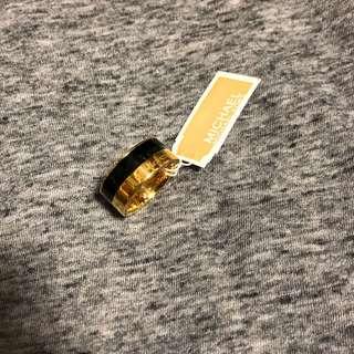 Michael Kors Ring gold/Black1.8cm 黑色拼金色戒子直徑1.8cm