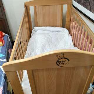 嬰兒床約80*120cm
