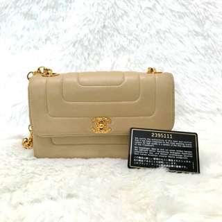 Vintage Chanel米色羊皮菠蘿扣金鏈flap bag 18x11x6cm