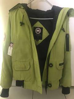Authentic Canada Goose Jacket (Small)