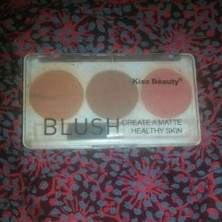 Blush on kiss beauty