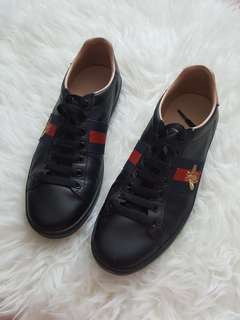 100% Authentic Gucci Ace Bee sneakers