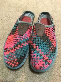 🚚 Nike 編織拖鞋