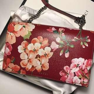 Gucci flora pattern shoulder bag