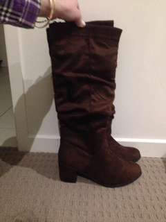 Brand New Boots - Chocolate Brown size 7