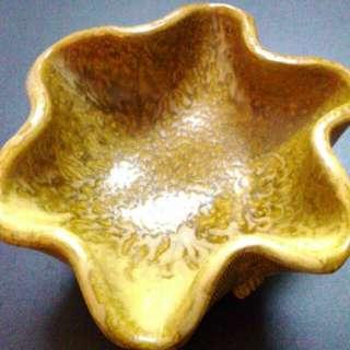 🚚 收藏品。手拉胚陶器。分享