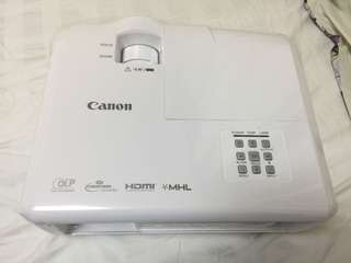 Canon Projector (Brand New Unwanted Gift) Just Open For Photo