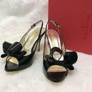 🚚 近全新正品 凡倫鐵諾 Valentino 黑色漆皮蝴蝶結高跟鞋 36.5號。星采精品。