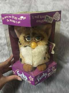 Original Furby 1998 Tiger Electronics First Generation Model that can talk, play games, dance and learn tricks