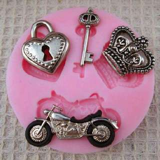 Small Gothic Love Theme Motorcycle Mold