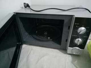 Microwave sharp 99% kondition
