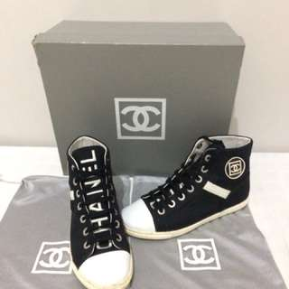 100% Authentic Chanel Canvass Midcut Sneaker