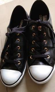 Converse leather female